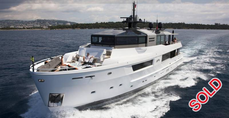 Yachts for Sale : Arcadia, M Ocean 115