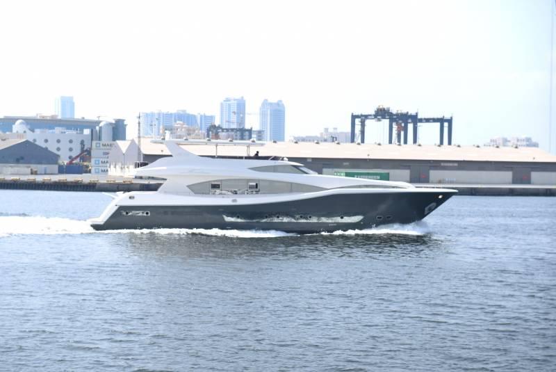 Yachts for Sale : Al Shaali Marine, AS 100
