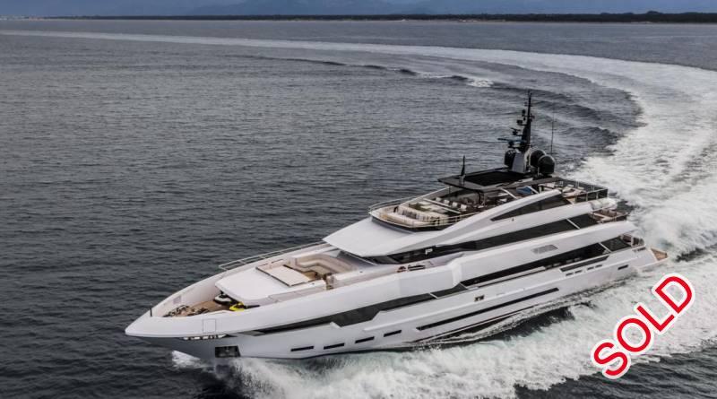 Yachts for Sale : Rossinavi, Vellmari 48M