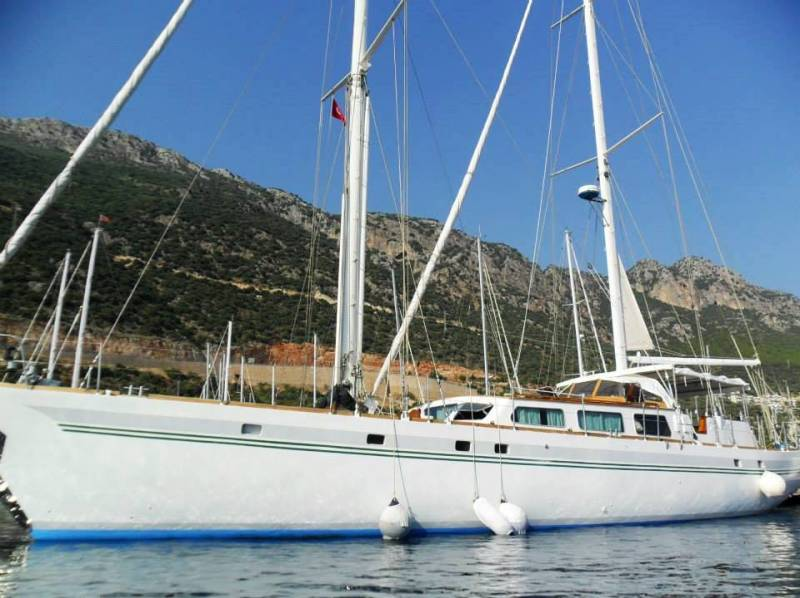 Yachts for Sale : تا شياو, 75