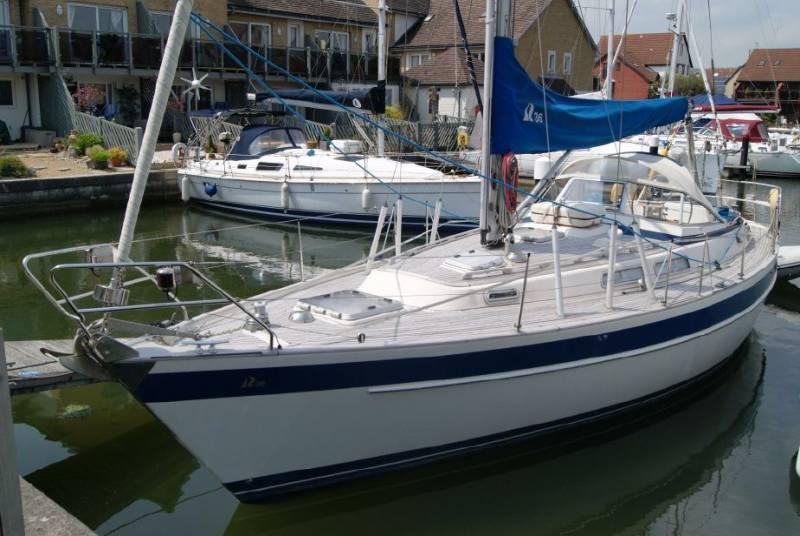 Yachts for Sale : Hallberg-Rassy, 36