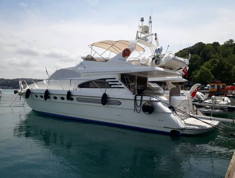 Yachts for Sale : فارلين, Fly Bridge 65