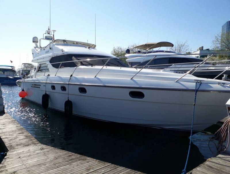 Yachts for Sale : Princess, Flybridge 48