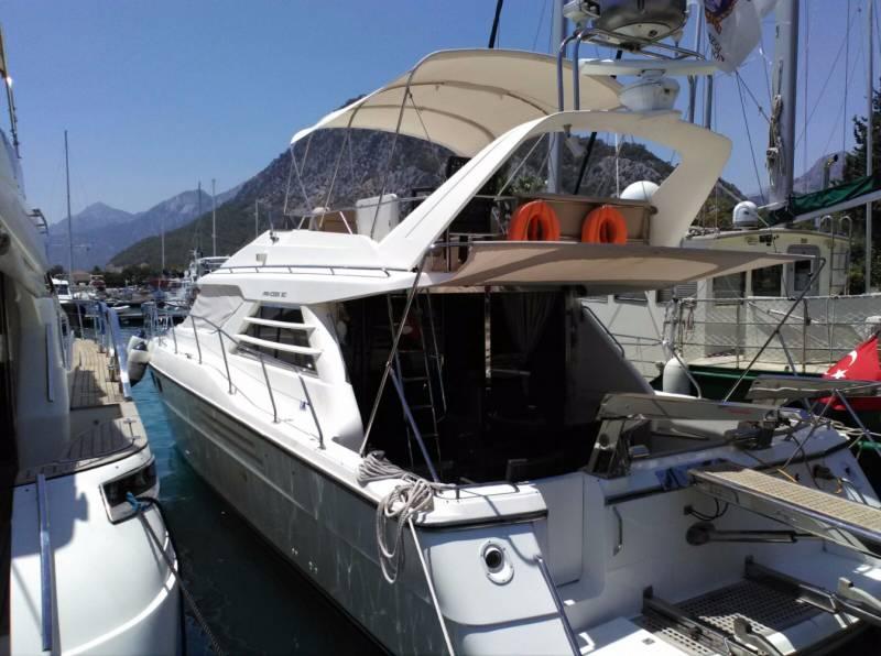 Yachts for Sale : برينسيس, Flybridge 500