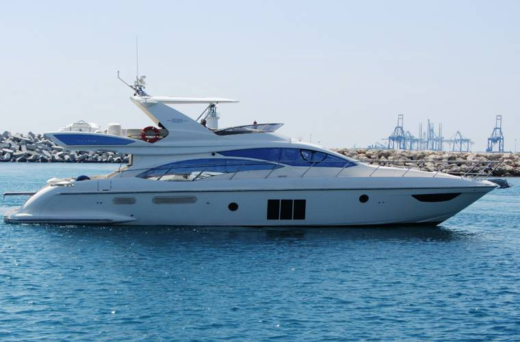Yachts for Sale : Azimut, 58 FLY / 2011