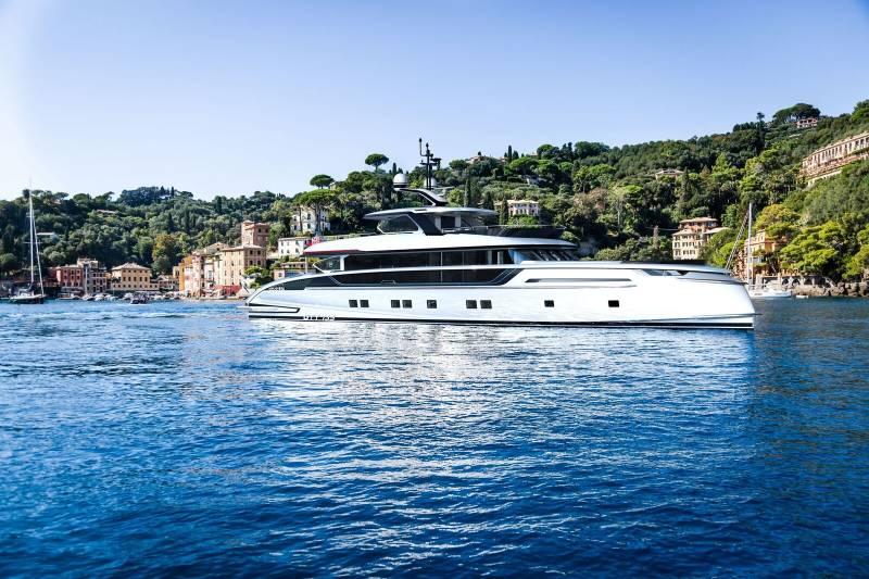 Yachts for Sale : Dynamiq, GTT 135