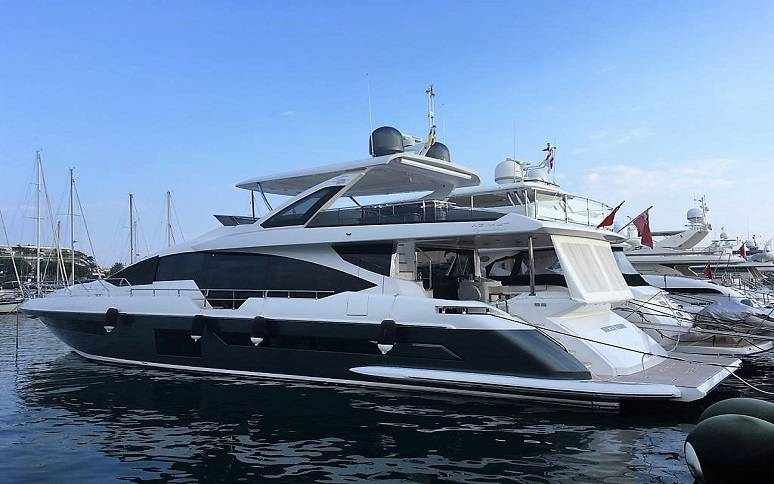 Yachts for Sale : Azimut, Grande 25 Metri