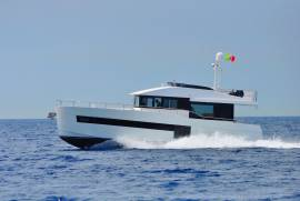 Sundeck, 580 TRAWLER Yachts for Sale
