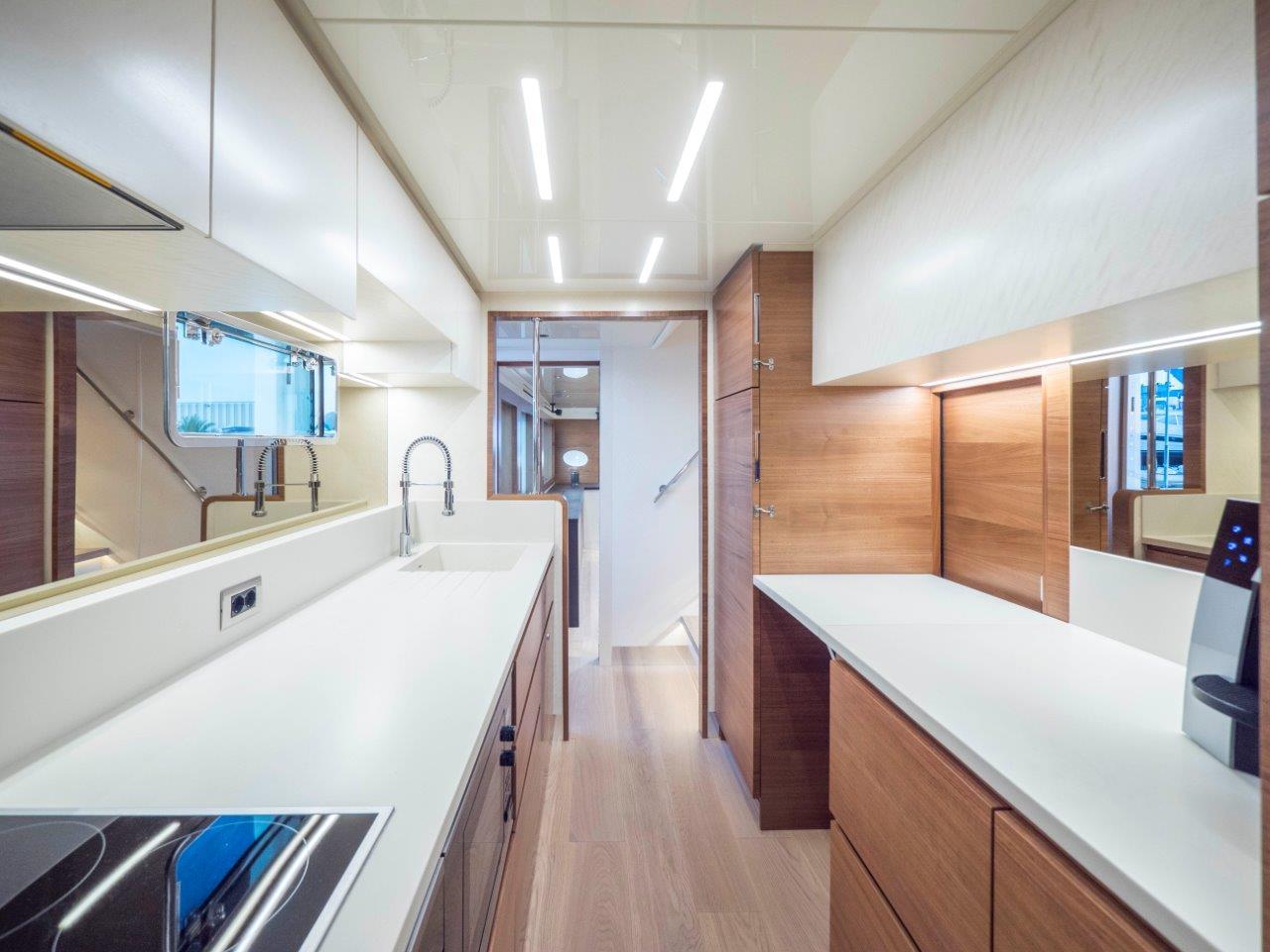 Filippetti Yacht N26 Maxima - Guest Bathroom