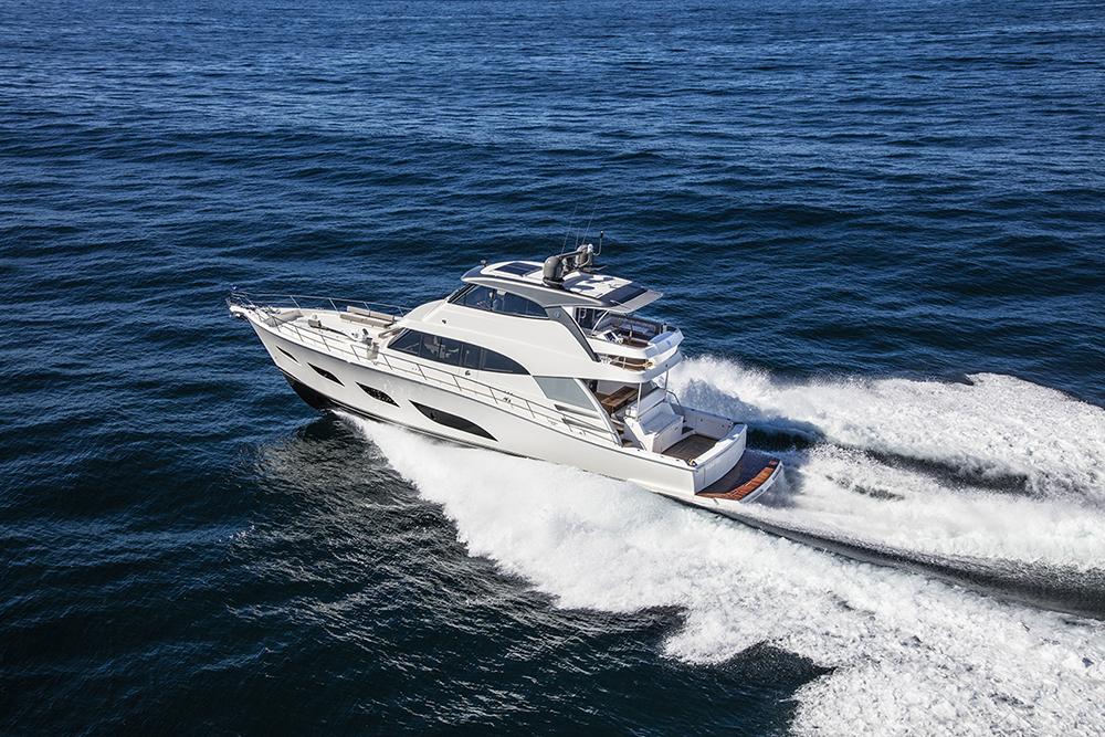 Riviera 68 Sports Motor Yacht Running