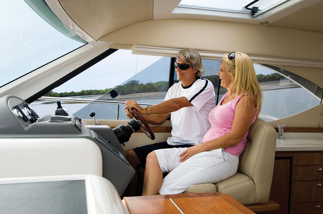Riviera 3600 Sport Yacht IPS Helm