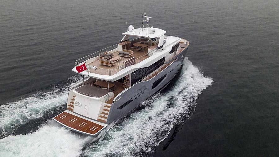 Numarine Yacht 26XP (AFT View)