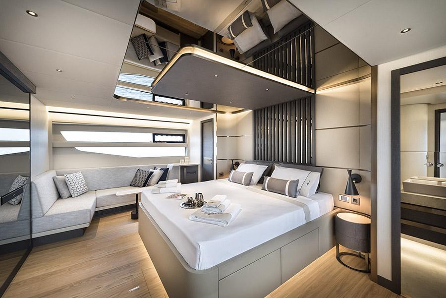 Numarine Yacht 26XP - Owners Cabin