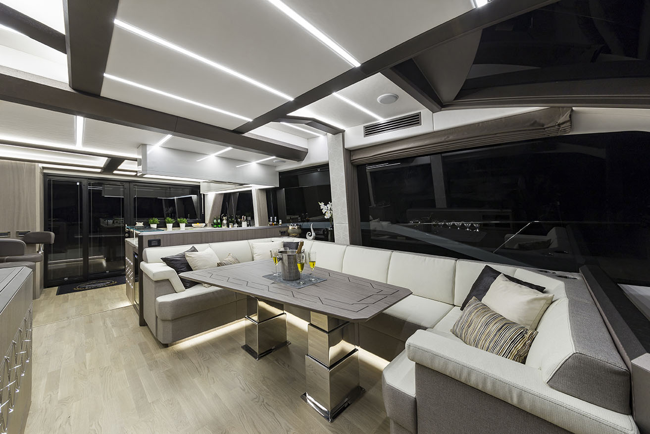 Galeon Yacht  64 Fly - Dining