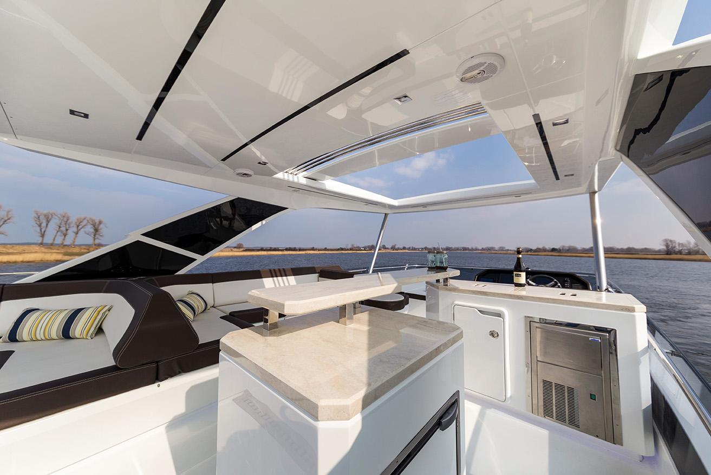 Galeon Yacht  64 Fly - Flybridge