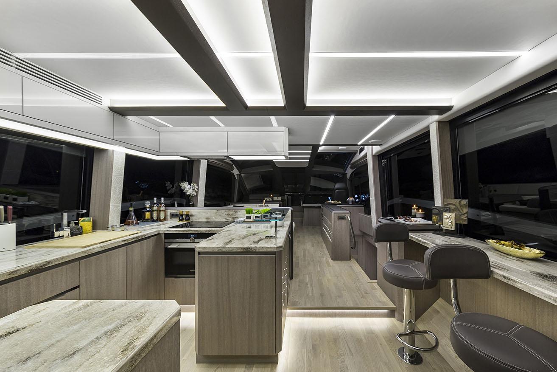 Galeon Yacht  64 Fly - Kitchen