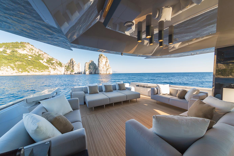 Arcadia Yachts A85 - Open AFT Deck