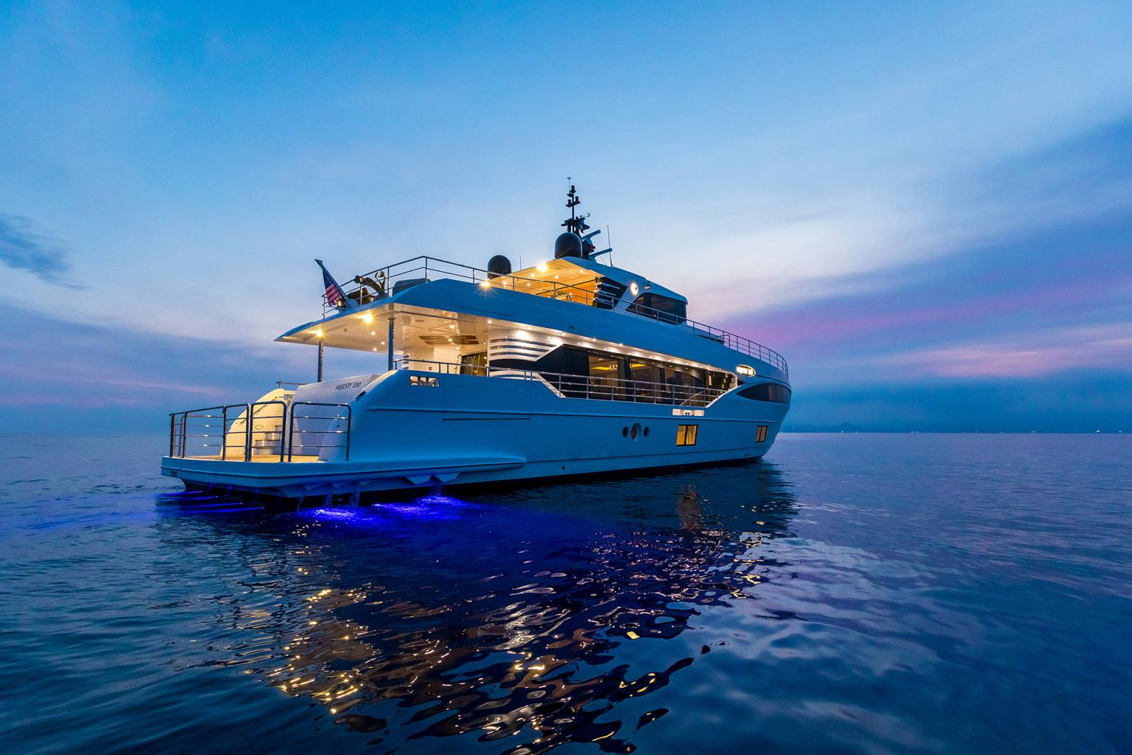 Gulf Craft - Majesty Yacht 100