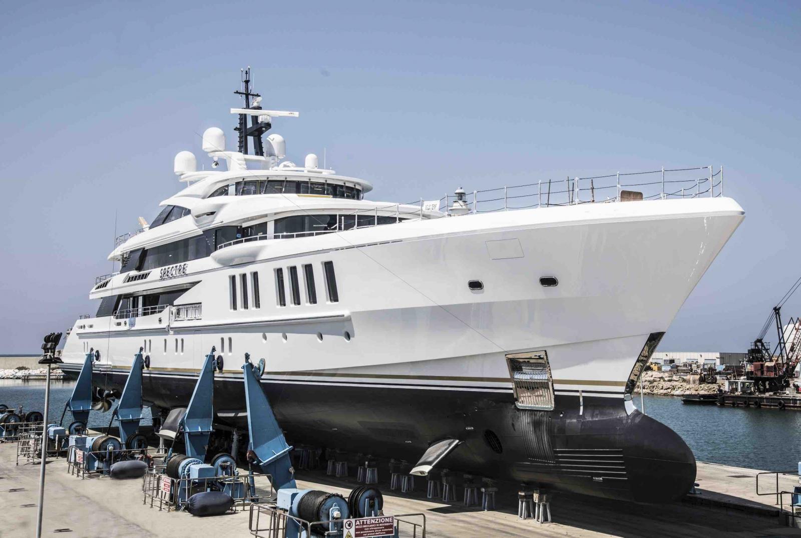 Benetti Yacht Full Custom 69 Meter Spectre