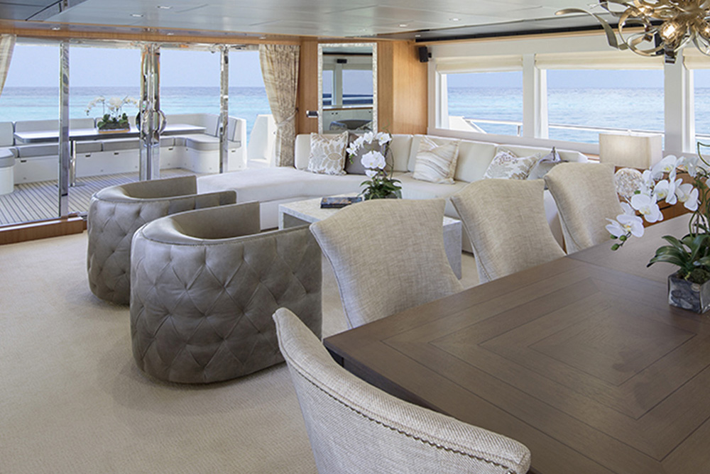 Johnson Yachts 93 - Salon 2
