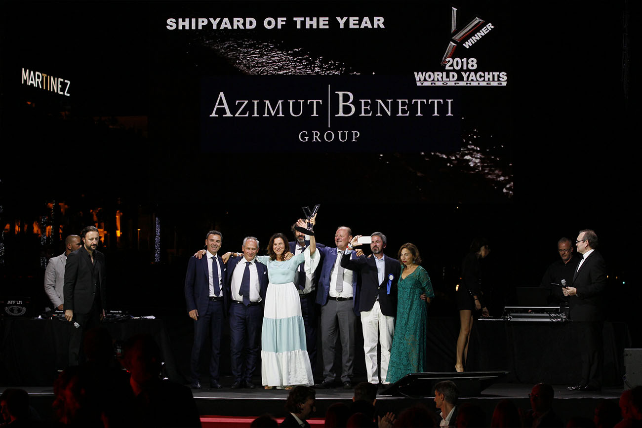 Azimut Benetti - Award Shipyard of the year.JPG