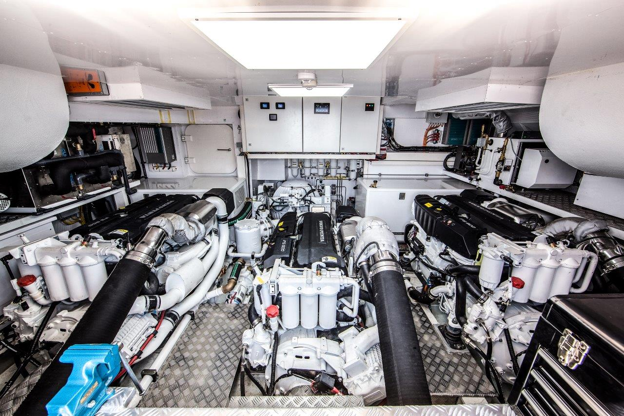 Van Der Valk Yacht - Joy Engine Room