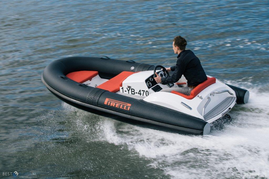 Pirelli Jet Tender J33