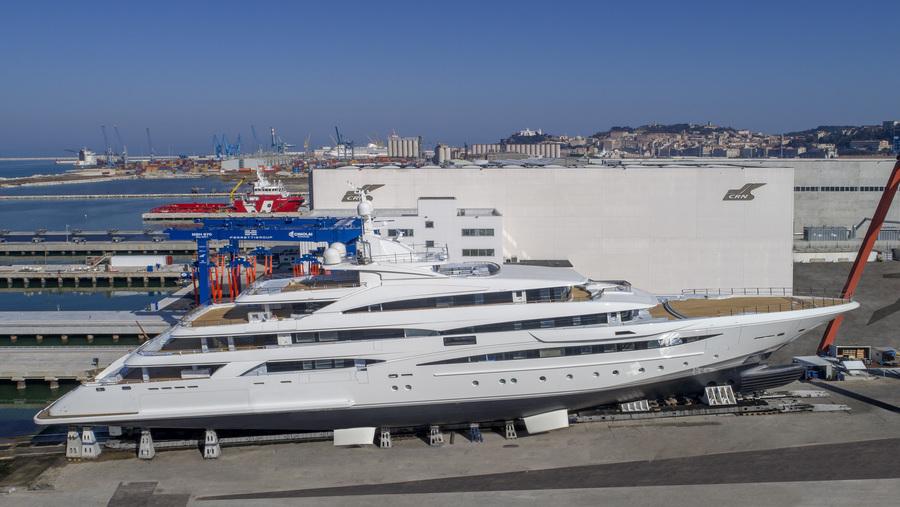 CRN Superyacht 135 79M