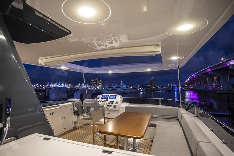 Sirena Yacht 64