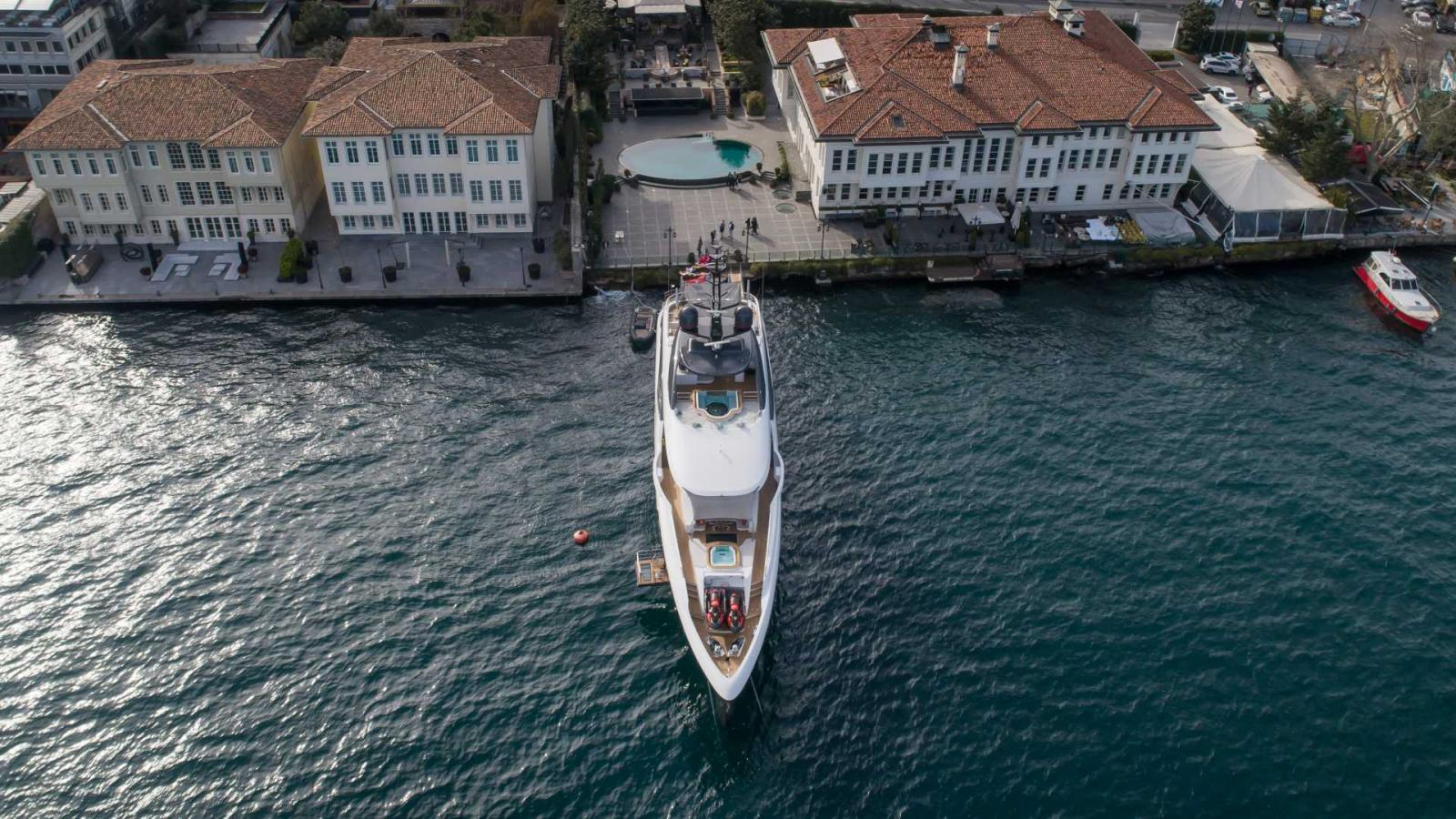 Bilgin Yacht - Starbursts 3