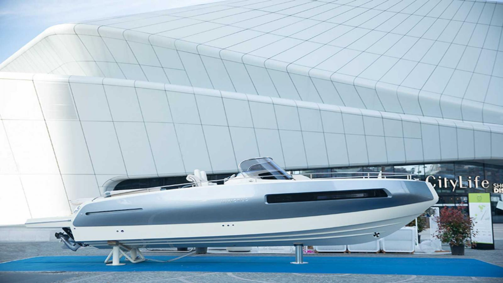 Invictus Boat GT280