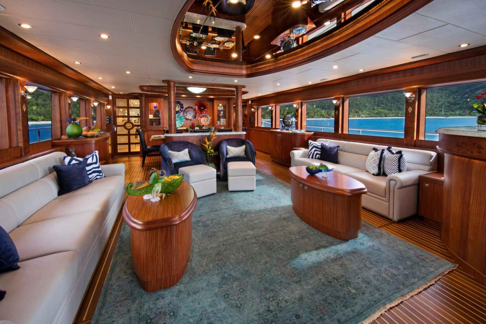 Johnson Yacht 110