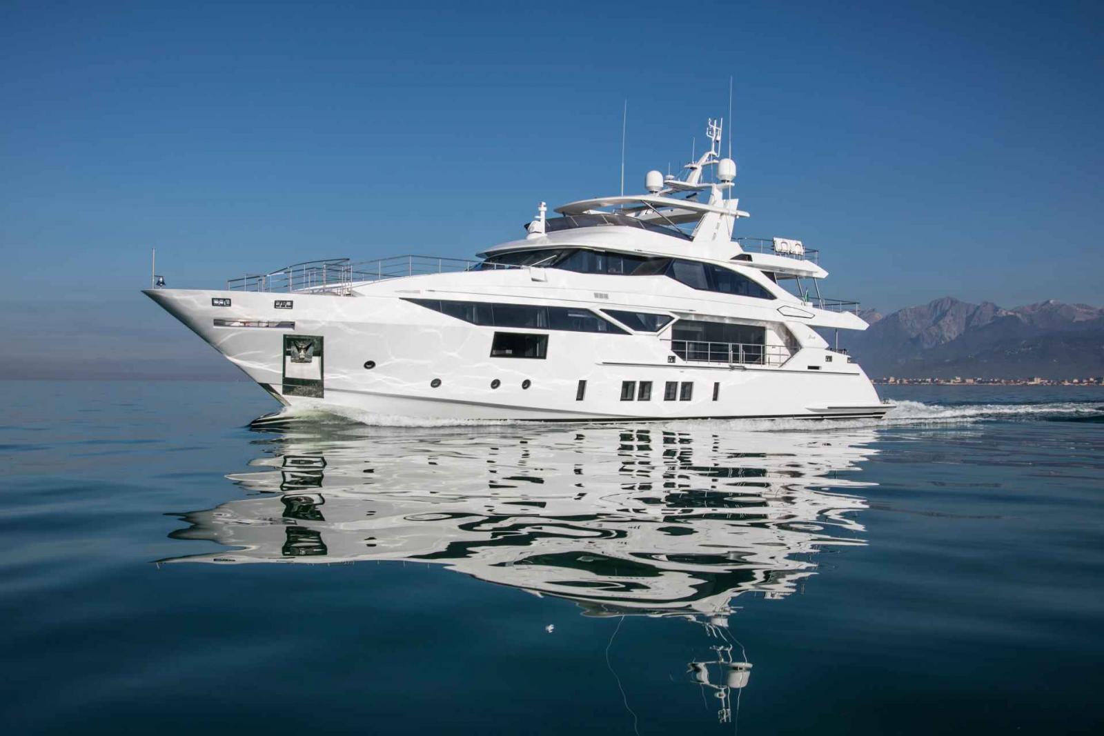Benetti Yachts 125