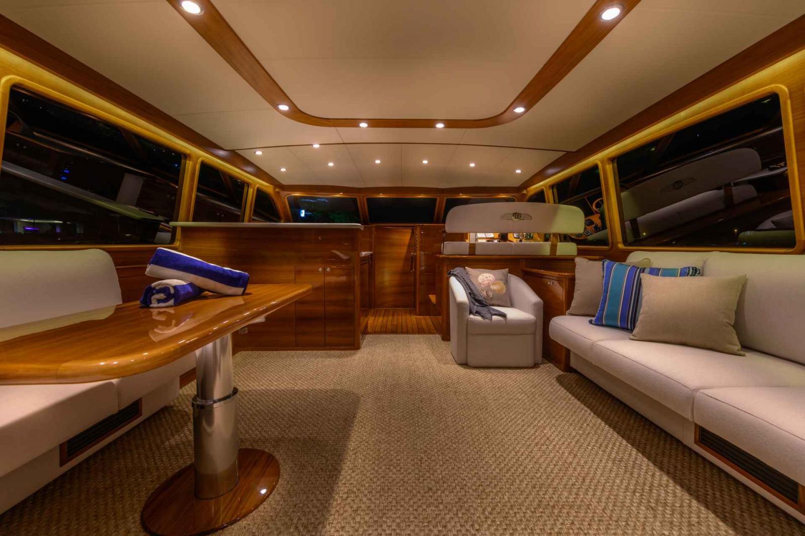 Palm Beach Yacht 70