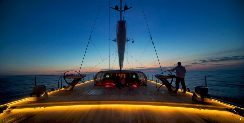 22 Of the Best Superyacht AFT Views - اليخوت الأخبار