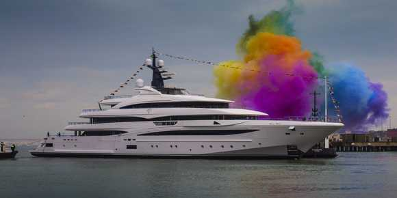 Custom 74 Metre CRN Superyacht is launched - اليخوت الأخبار