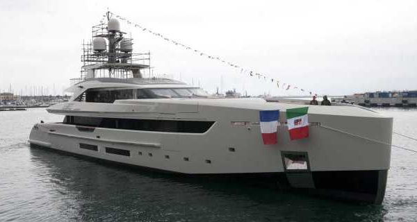 First Tankoa S501 Yacht Launched and Named Vertige - اليخوت الأخبار