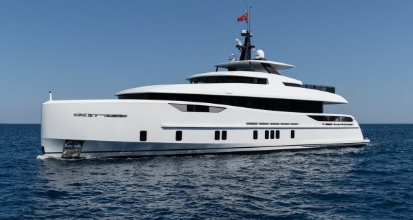 Alia Yachts Delivers 31-metre M/Y Virgen del Mar VI - Superyachts News
