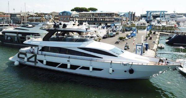 الجمع بين الفخامة والتراث ينطلق معرض أبوظبي الدولي للقوارب بمشاركة 270 عارض من 25 دولة - اليخوت الأخبار