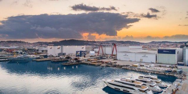 فينكانتيري: حدث خاص لثلاث سفن ذات رحلات بحرية ملكية - اليخوت الأخبار