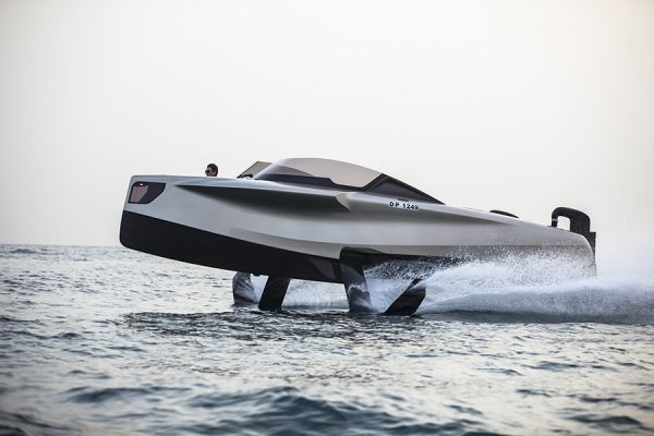 2020-foiler-flying-yachts-abu-dhabi-international-boat-show-news-by-phoenician-boat-8