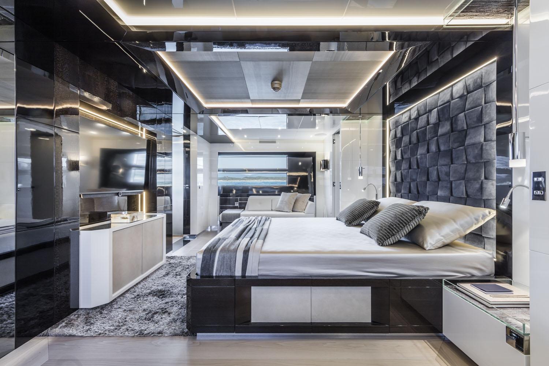 Aracadia Yacht A105