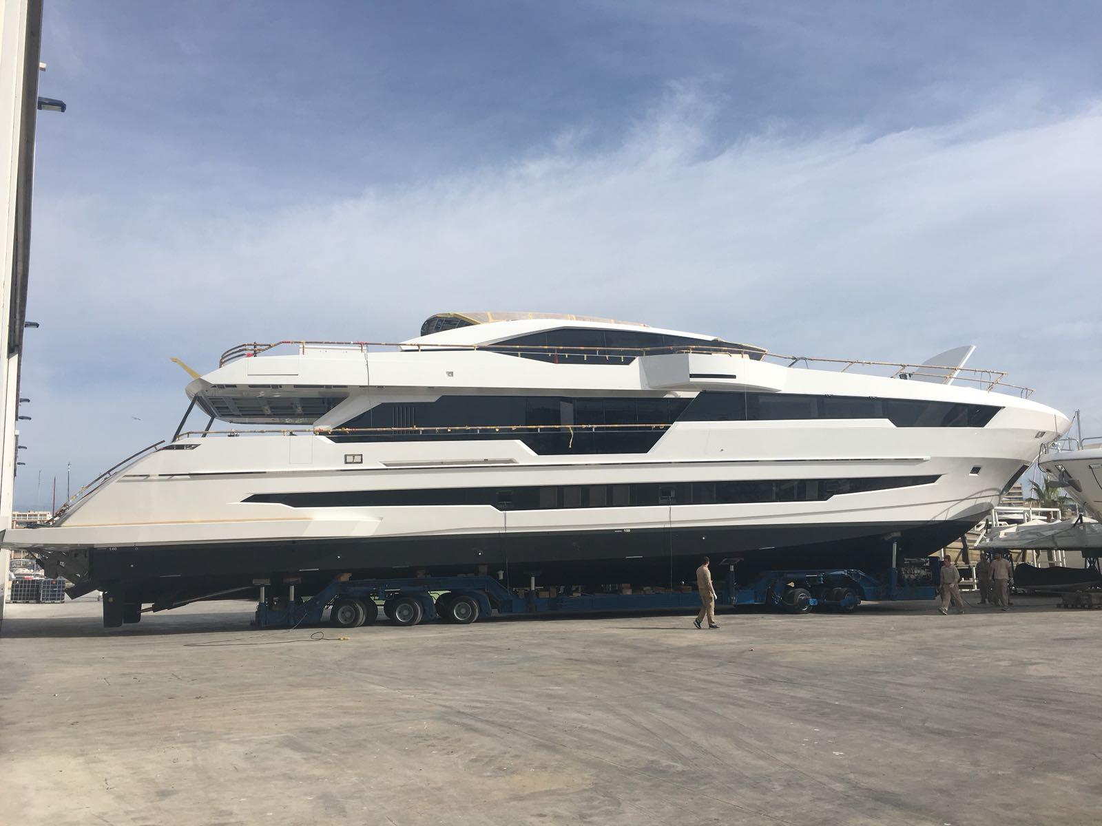 Astondoa Yacht 110 Century