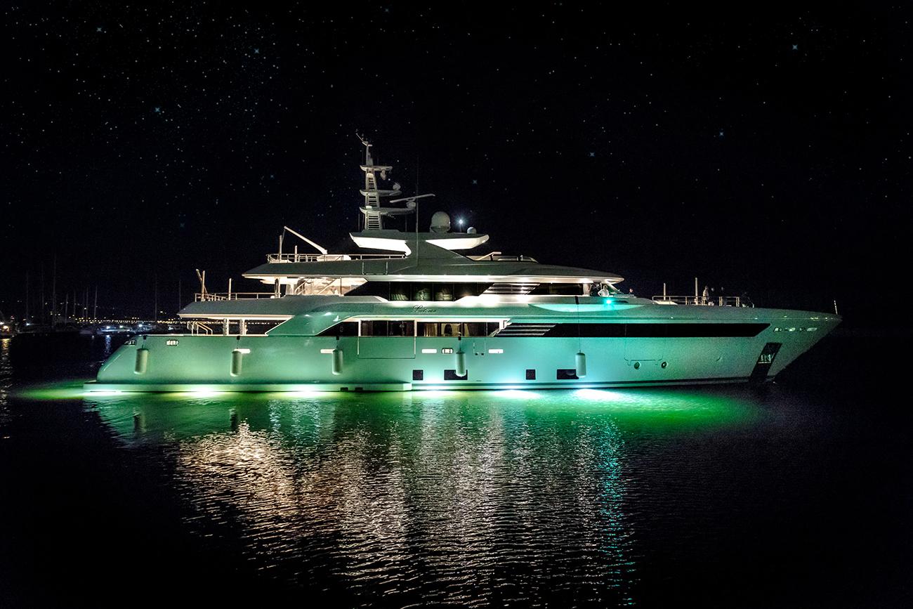 CRN Yacht Latona 50 M