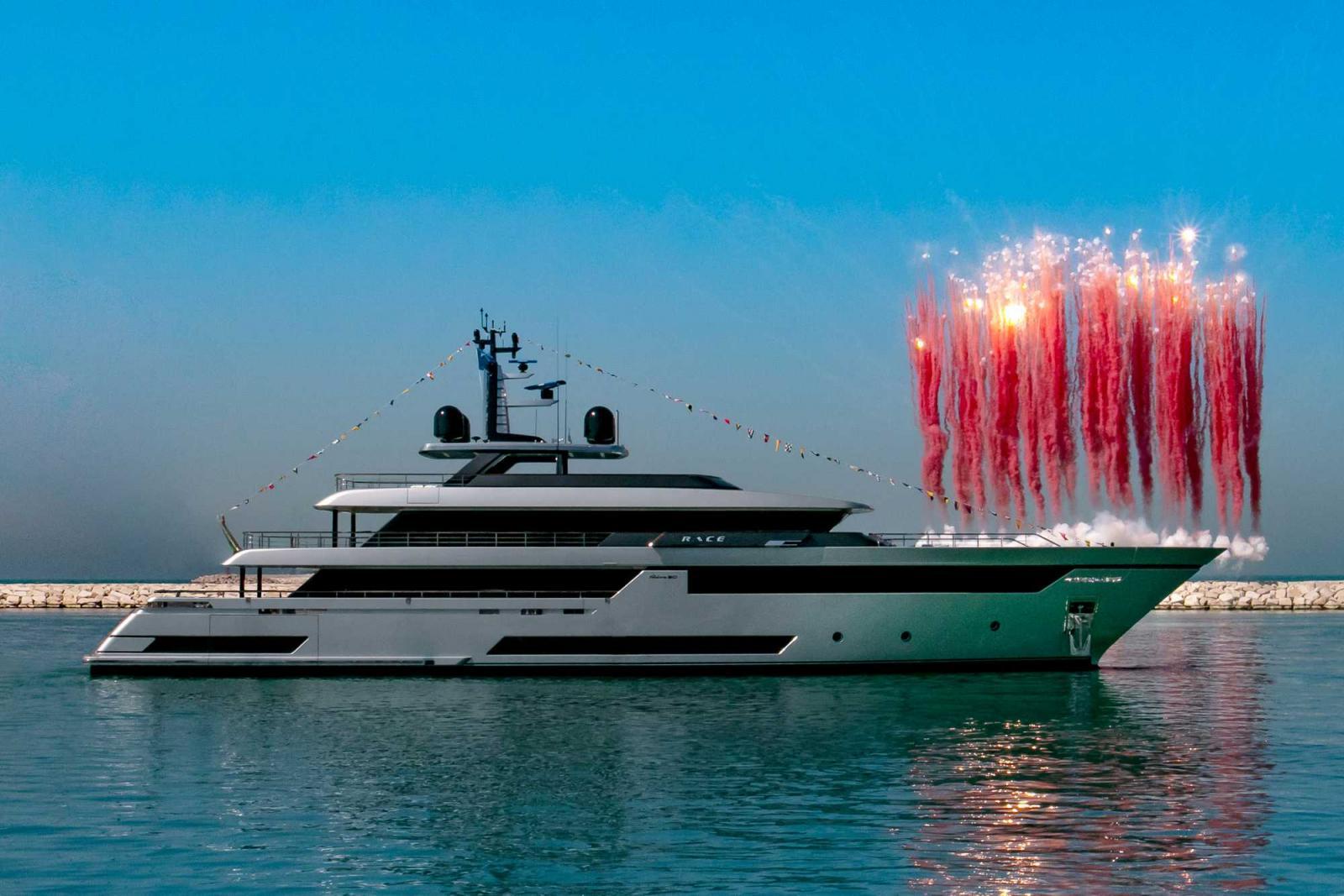 Riva Yacht 50M